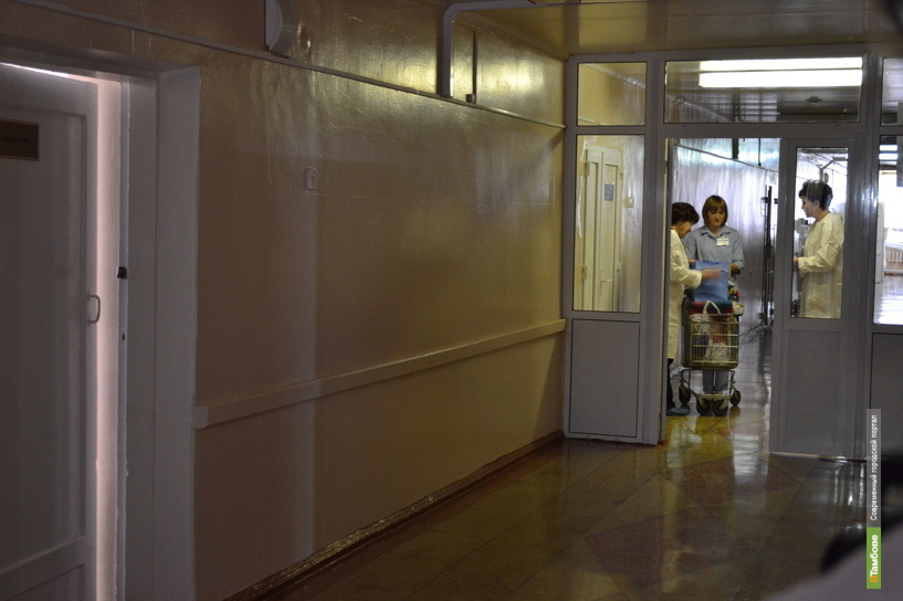 Прокуратура требует госпитализировать больного открытой формой туберкулёза