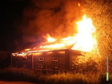 В Тамбовской области дотла сгорел жилой дом