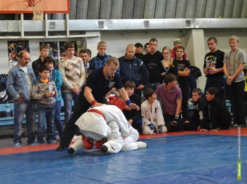 В Тамбове прошёл открытый чемпионат по рукопашному бою