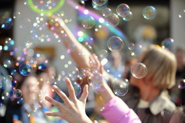 Тамбовчан зовут в горсад на день мыльных пузырей
