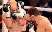 Российский боксер Рахим Чакриев не смог защитить титул чемпиона мира