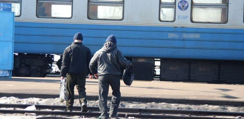 Брошенный в поезд камень теперь приведёт к двум годам лишения свободы