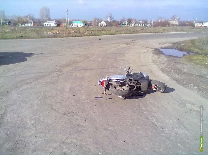 Тамбовчанин без водительских прав сбил скутериста