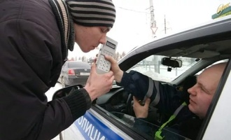 Пьяным за руль не садись: автоинспекторы проверят водителей на трезвость