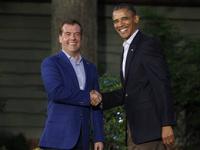На саммит G8 в США вместо Путина прилетел Медведев
