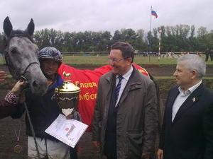Резвый Лексус увез Кубок тамбовского губернатора в Саратов