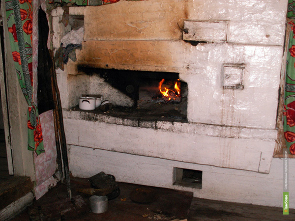 В Мордовском районе четыре человека отравились угарным газом
