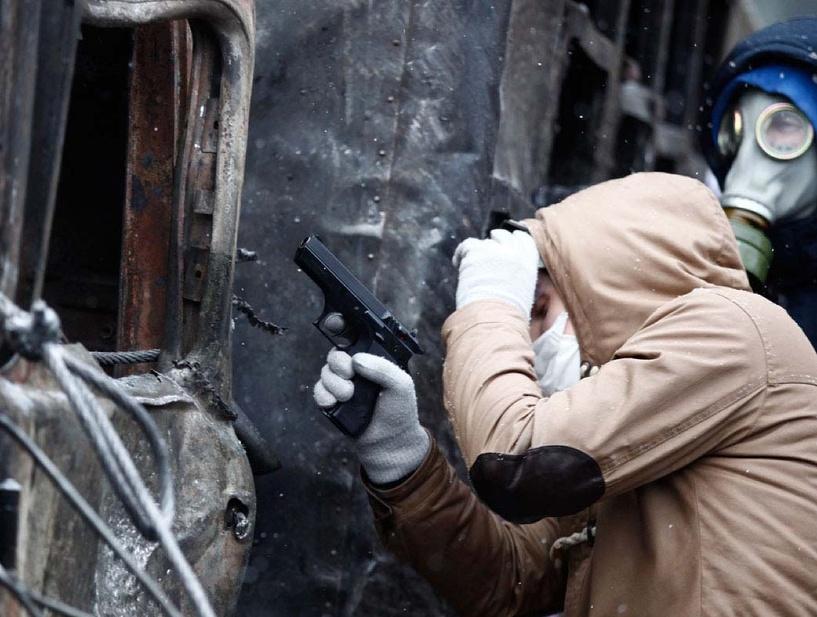 В украинском Славянске в ходе столкновения убиты пять человек