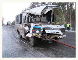 На тамбовской трассе автобус опрокинул грузовик
