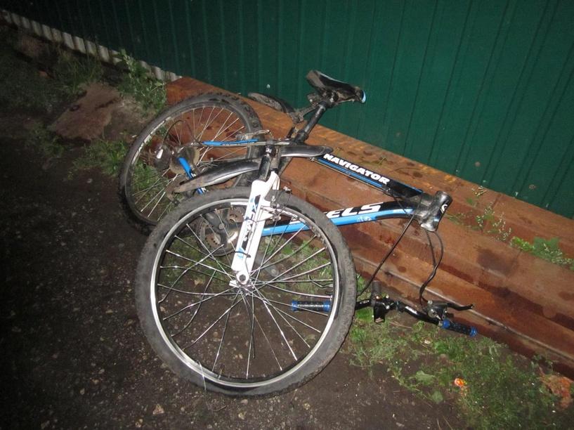 В Рассказово водитель скутера сбил велосипедиста