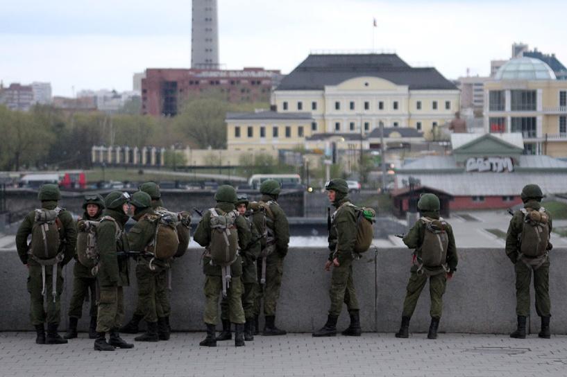 С 1 сентября российские студенты смогут служить в армии одновременно с учебой