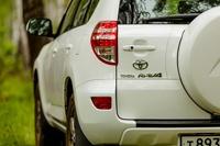 Toyota планирует собирать RAV4 в России