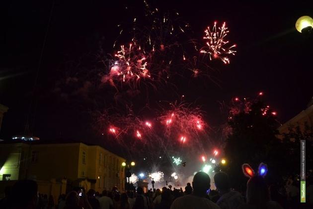 В Тамбове под занавес Дня города отгремит праздничный салют