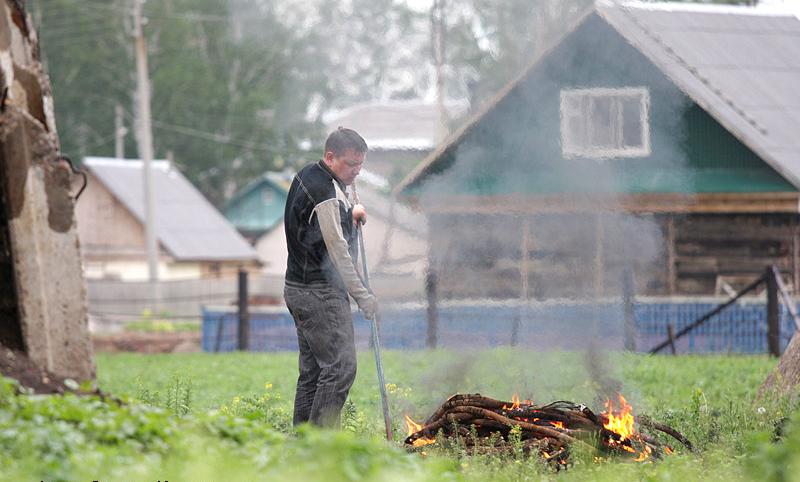 Добровольная пожарная команда просит сельчан быть осторожнее с огнём