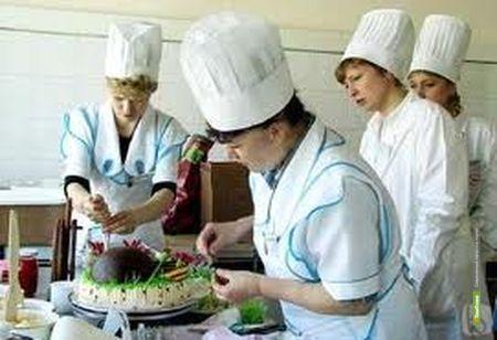 Повара российских школ научатся печь плюшки в Тамбове