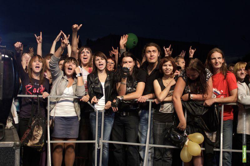 Под окнами тамбовского «Белого дома» прогремел рок-фестиваль