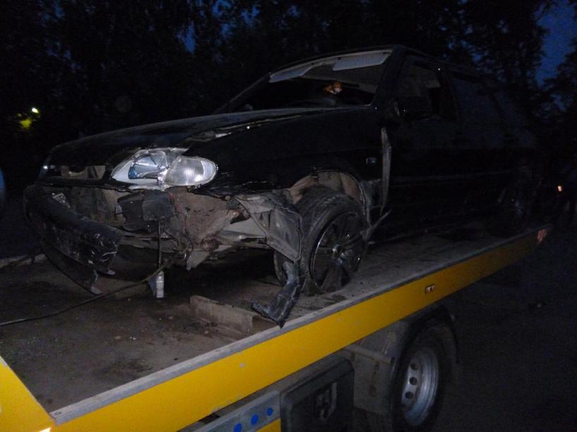 Под Тамбовом водитель оставил своих пассажиров в перевёрнутом автомобиле