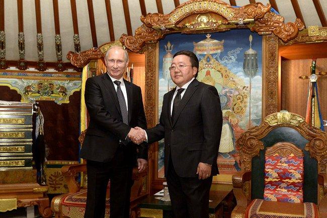 Россиянам разрешили ездить в Монголию без виз