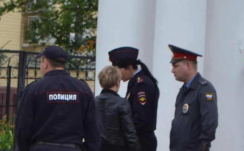 Тамбовчанку приговорили к исправительным работам за оскорбление полицейского