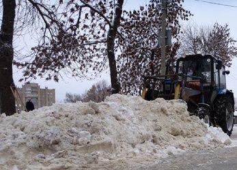 Снегопад заставил тамбовских дорожников трудиться в усиленном режиме