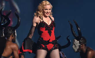 Журнал Billboard признал Мадонну «Женщиной года»