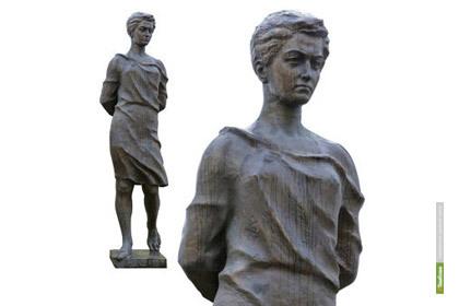 Церетели создал памятник Зое Космодемьянской