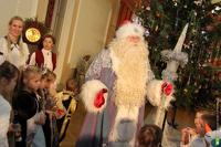 Четверть жителей России провели новогодние праздники на диване