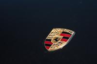 Младший отпрыск: Porsche показали фото Boxster III поколения