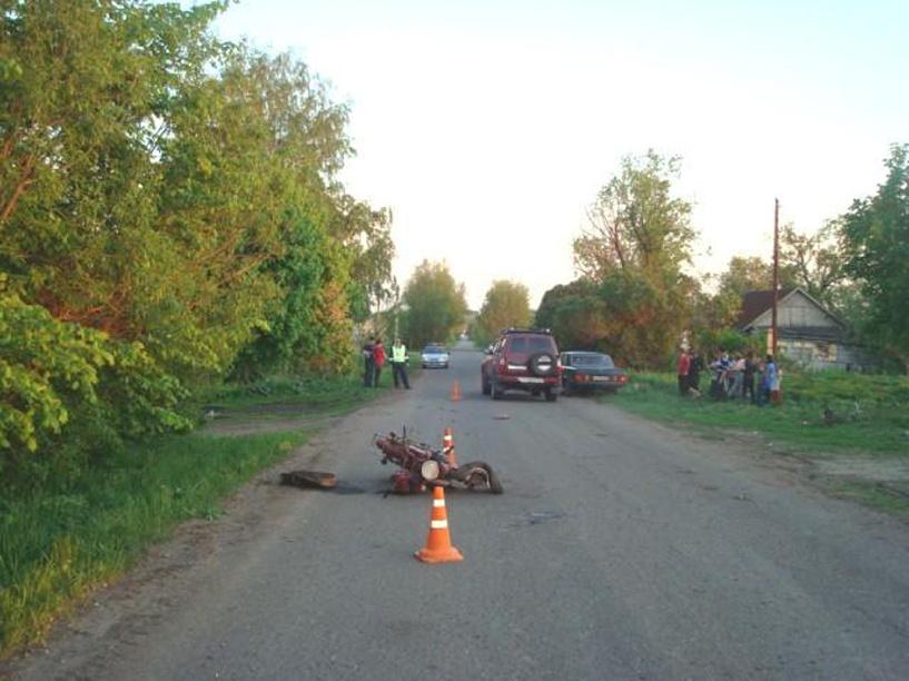 Семнадцатилетний мотоциклист врезался в Land Cruiser