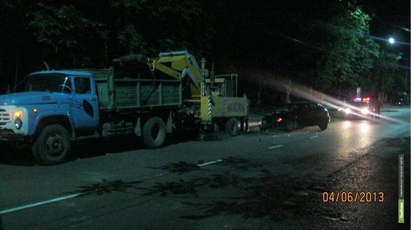 Пьяная автоледи протаранила самосвал: пострадал 4-летний ребенок