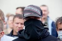 На митинги запретят ходить пьяным в масках