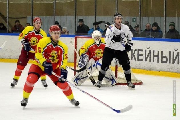 Хоккеисты из Тамбова не одолели очередного соперника