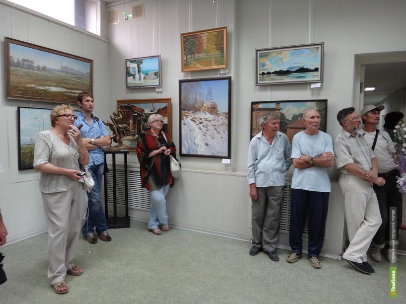 Дом художников в Тамбове охватила «Молодая волна»