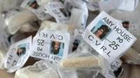 Снимок Уайнхаус наркодельцы используют для рекламы кокаина