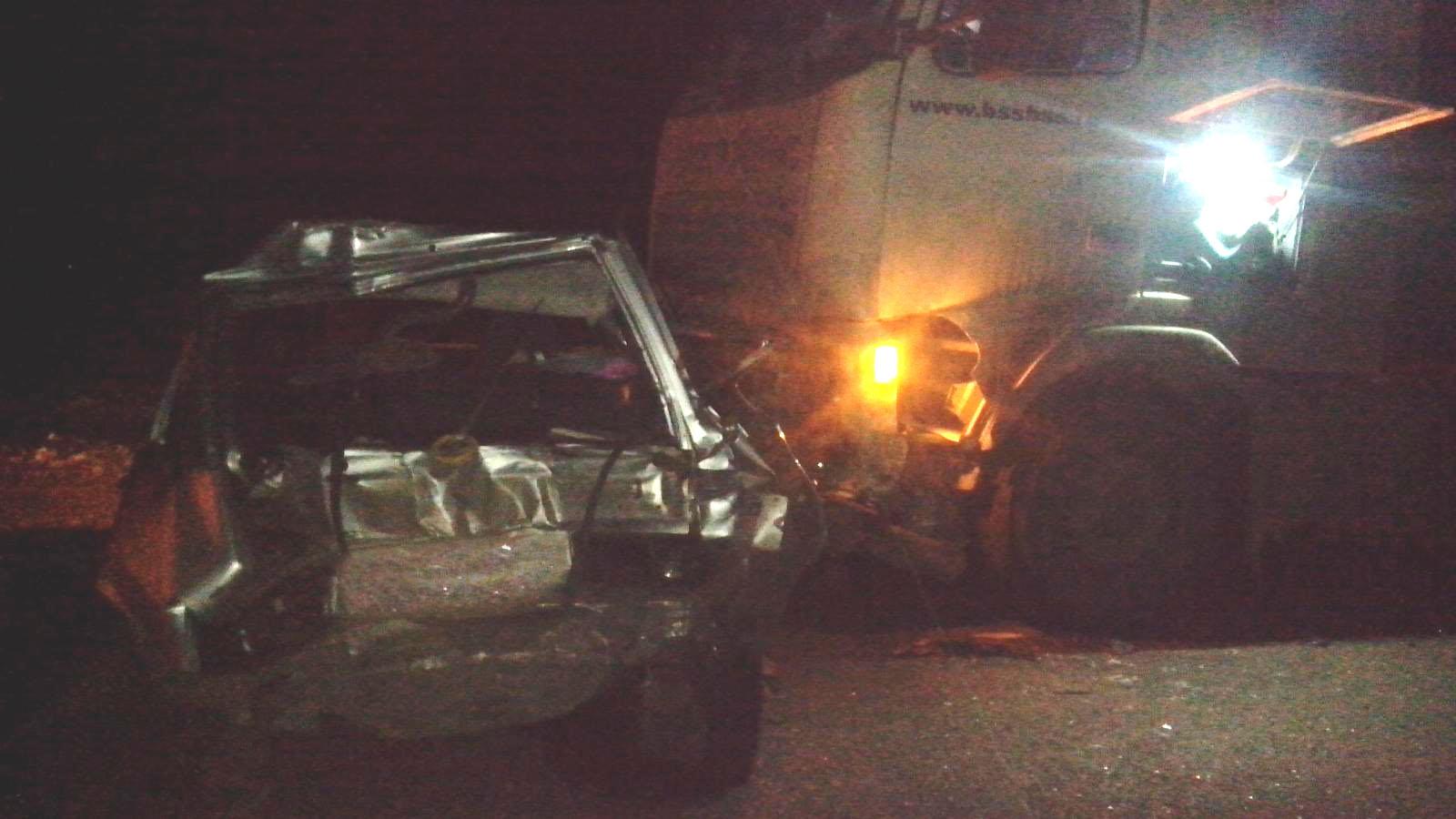 Под Тамбовом «Лада» врезалась в фургон, шофёр «легковушки» в клинике