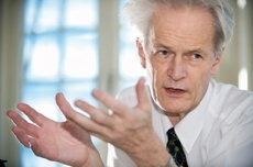 Британские ученые убеждают женщин бросить курить до 30 лет