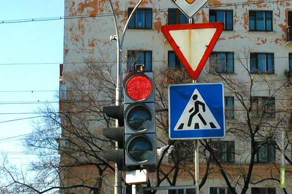 В Тамбове установят светофор на перекрёстке Советской и Пионерской