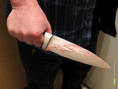 Тамбовчанин зарезал бывшего любовника своей сожительницы