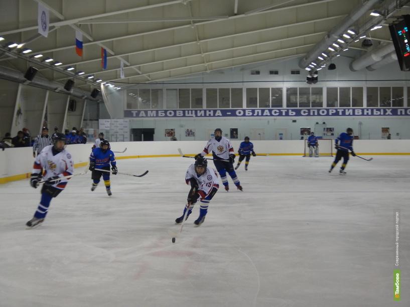 Юные хоккеисты Тамбова стали третьими