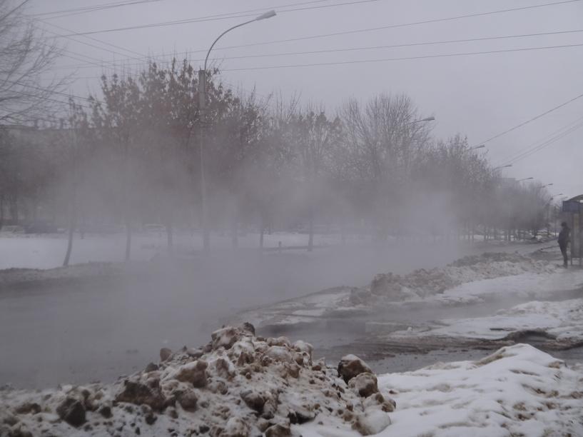 Улицу Рылеева заволокло туманом