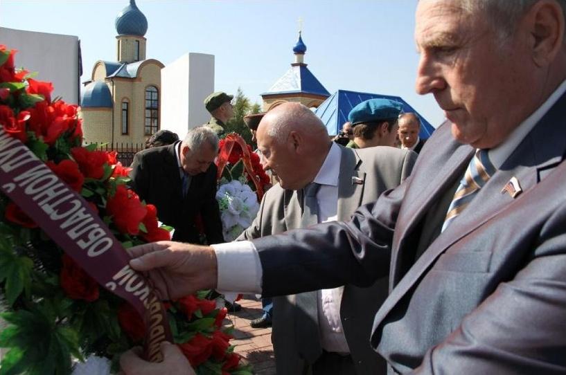 В селе Борисовка появился мемориал памяти советским солдатам