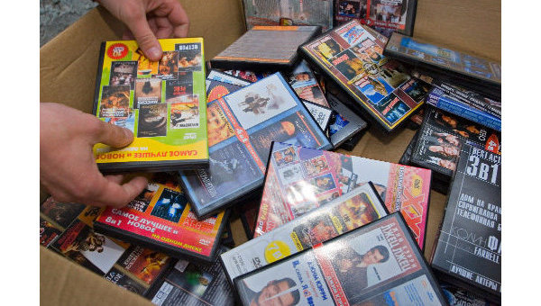 В Мичуринске женщина торговала «пиратскими» дисками