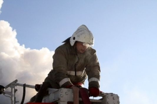 ВПервомайском районе рабочий умер вгорящем строительном вагончике