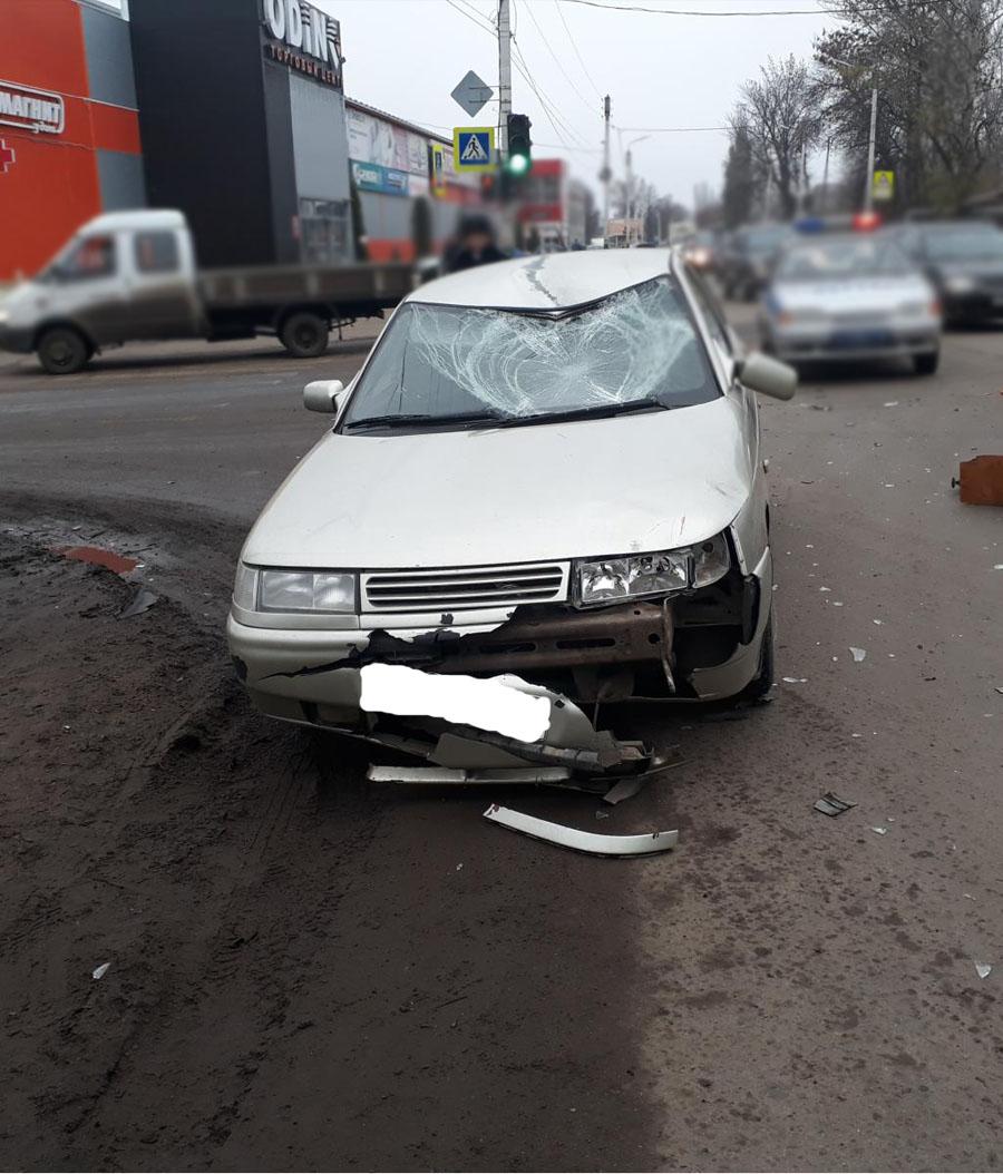 ВМичуринске шофёр ВАЗа сбил велосипедиста, выехавшего накрасный