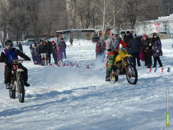 Тамбовские школьники проводили зиму на мотоциклах