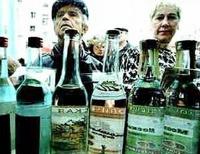 К июлю правительство на 30% поднимет цену на водку