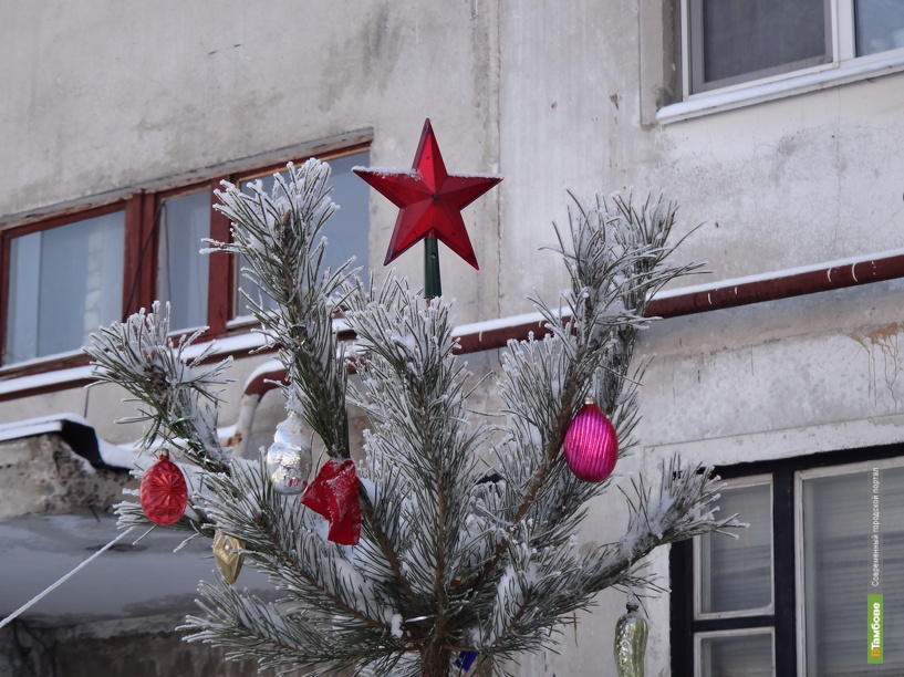 Тамбовчан призывают к Новому году украсить дворовые территории