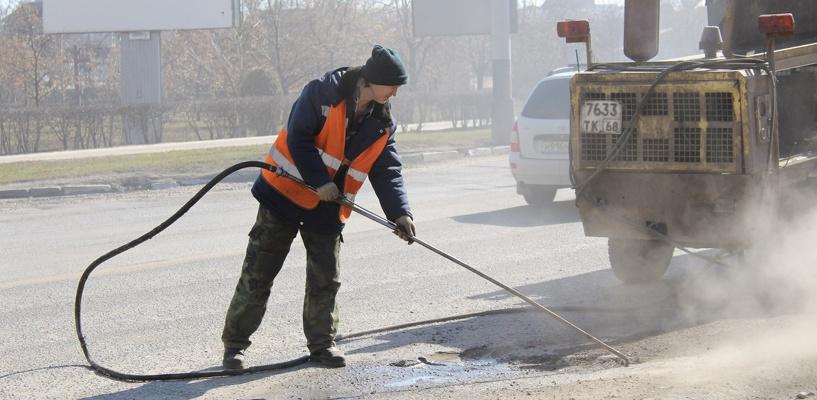 На дорожные работы в Тамбове выделено меньше миллиарда рублей