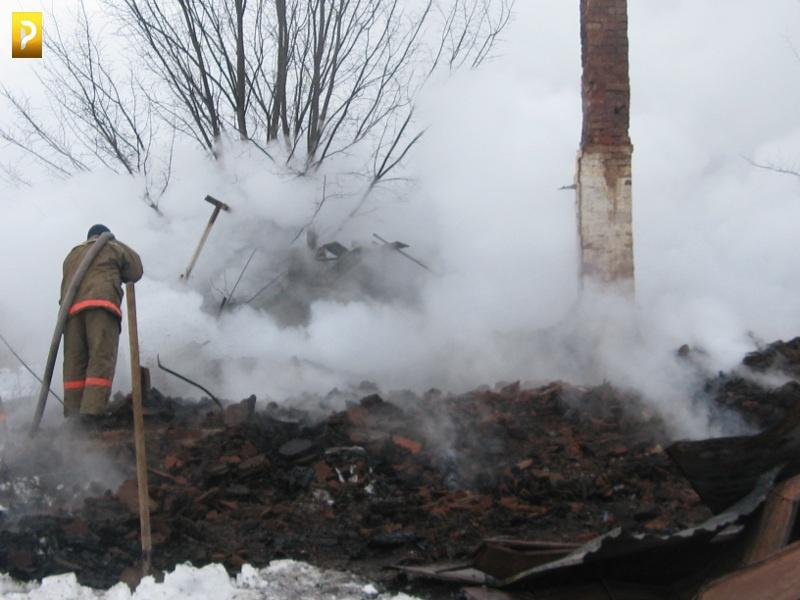 В Рассказовском районе в огне погиб мужчина