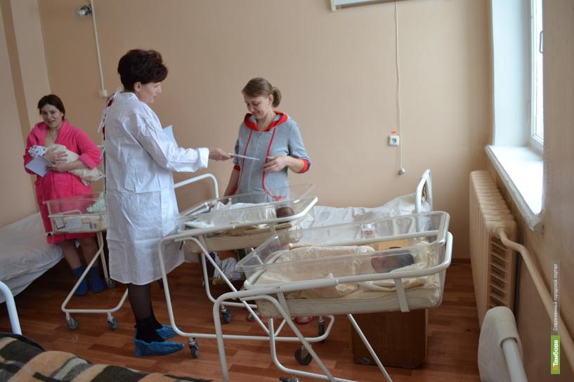 Новорожденные в Тамбове стали миниатюрнее
